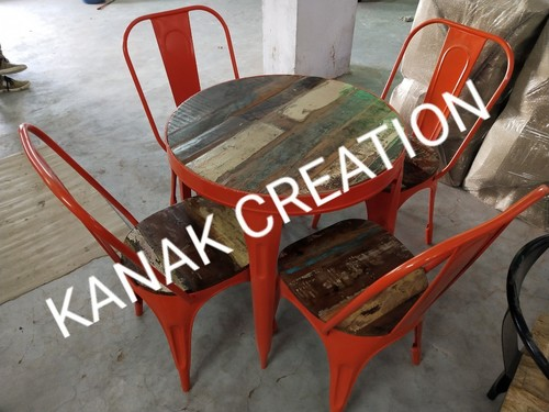 Industrial tolix round table with four set of tolix red chair