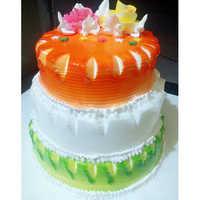 Tripple Story Cake
