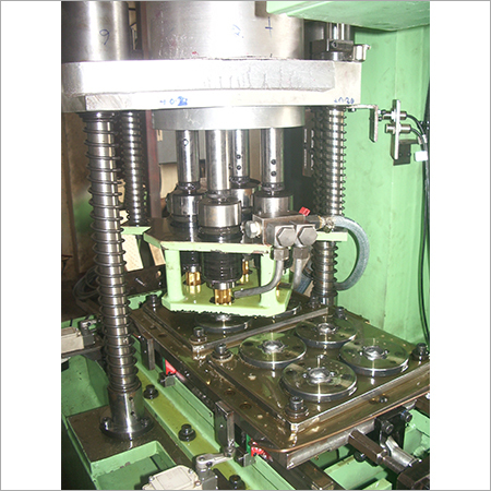 Shuttle type 4 Spindle Tapping Machine