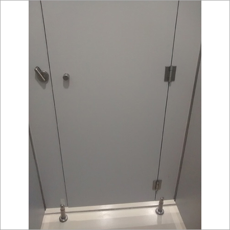 SS Pipe Series Toilet Cubicles