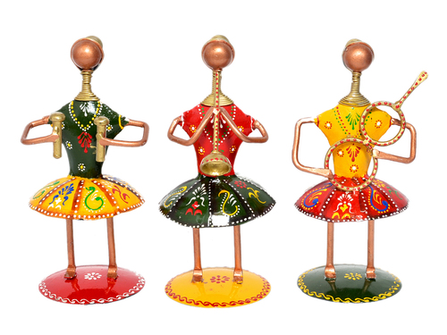 Home Decor Handmade Iron Painted Small Doll Set