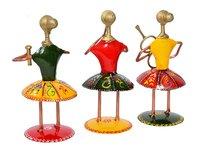 Home Decor Handmade Iron Painted Small Doll Set