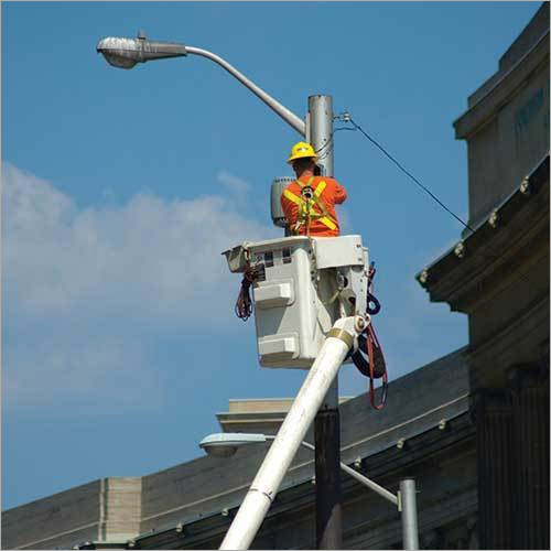 Solar Street Light Installation Service