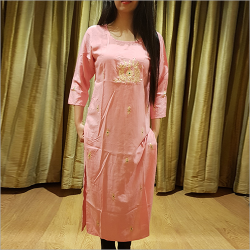 Ladies Rayon Straight Fit Kurti