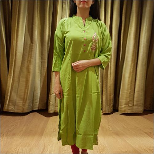 Ladies Rayon Green Kurti