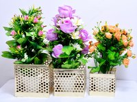 Home Decorative Iron Painted Square Design Flower Risers Bucket