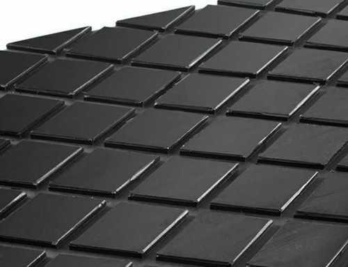 Diamond groove rubber sheet