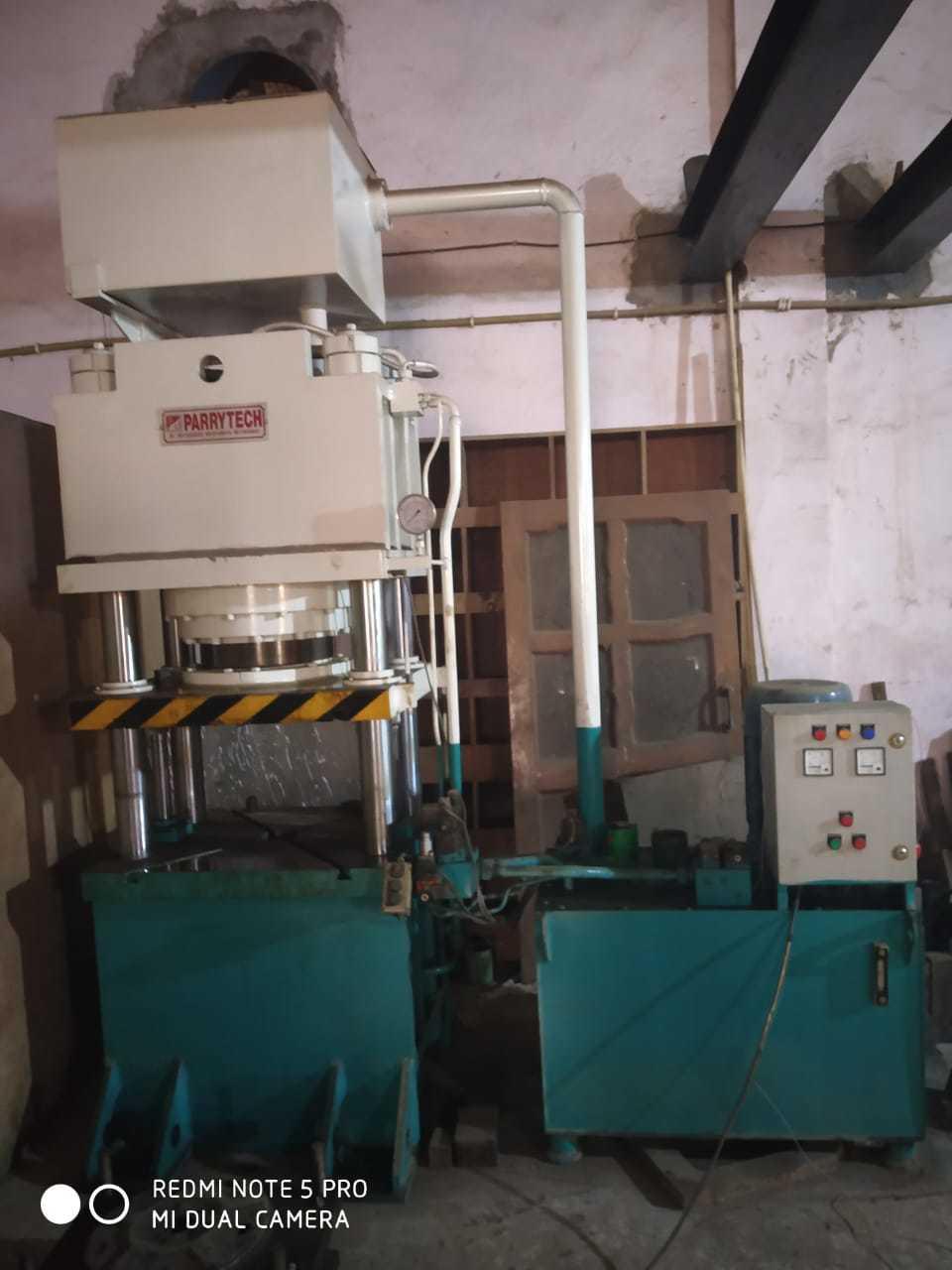 4 Pillar Hydraulic Cutlery Press