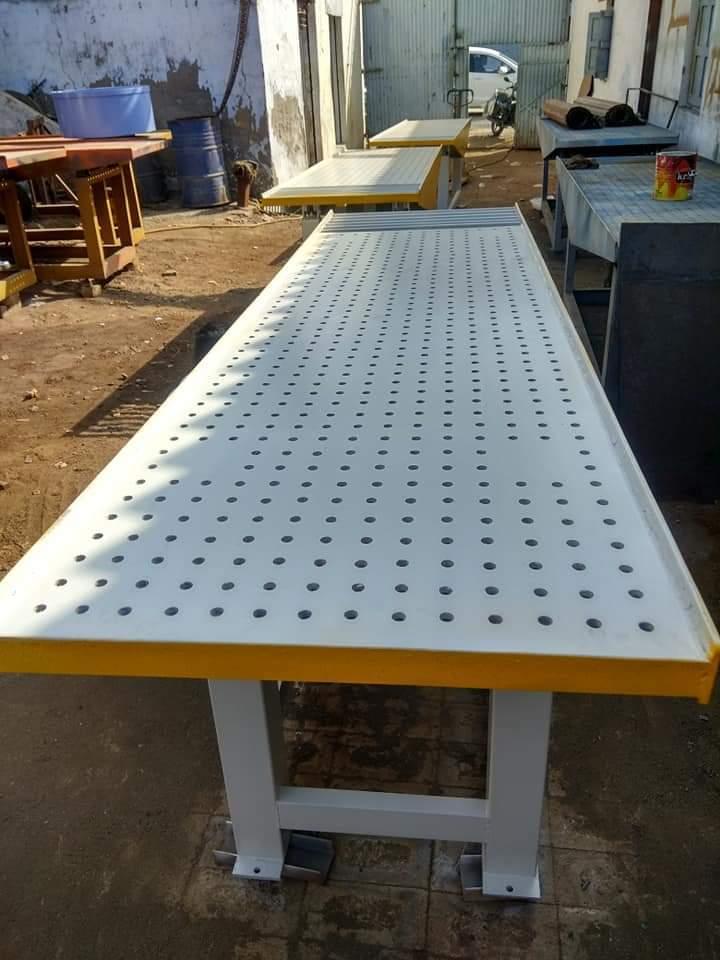 Vibrator Paver Block Table Machine