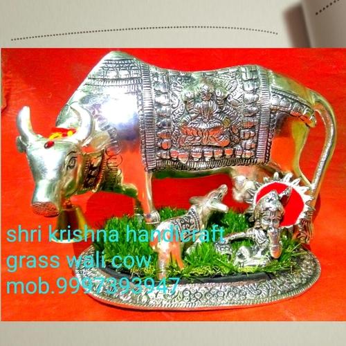 Grass Wali Cow Statue