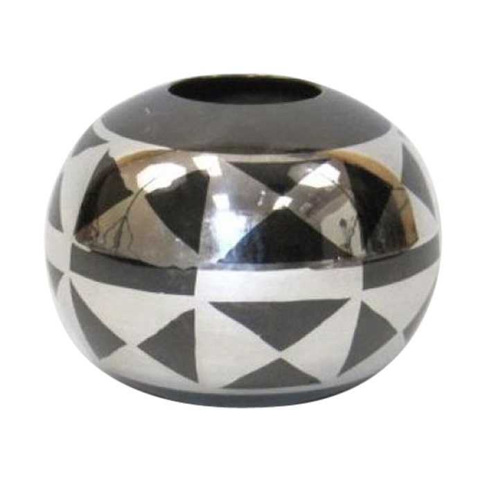 Round Vase With Geometric Design
