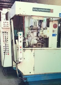 RH8 Gear Hobbing Machine