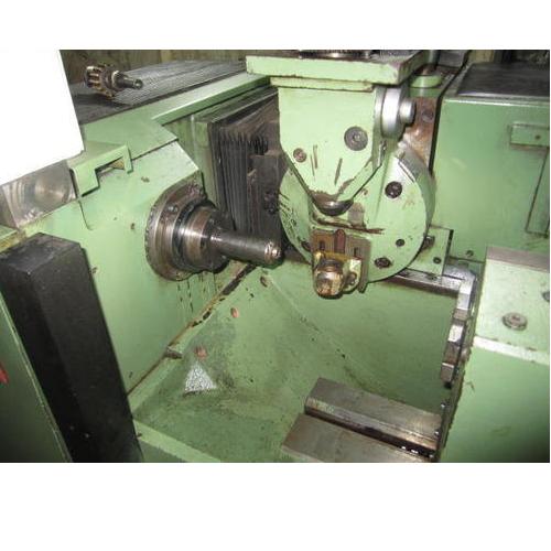 Automatic Gear Hobbing Machine