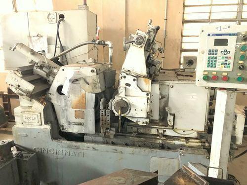 Cincinnati Center-less Grinding Machine