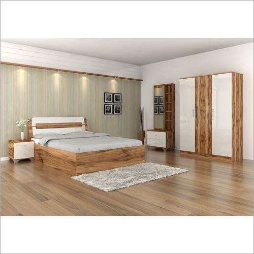 Qutro Modular Bedroom Set