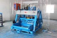 1074 Triple Vibrator Hollow Block Making Machine