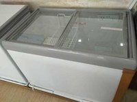 Straight Glass Top Freezer
