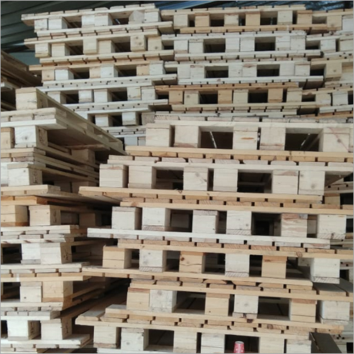 Recycle Pine Wooden Pallets Scrap