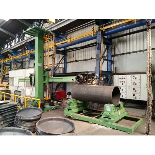 PEDESTAL TYPE WELDING COLUMN AND BOOM
