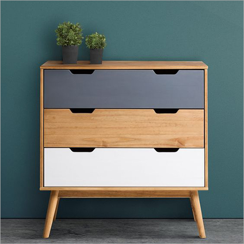 3 Drawers Bethany Nightstand