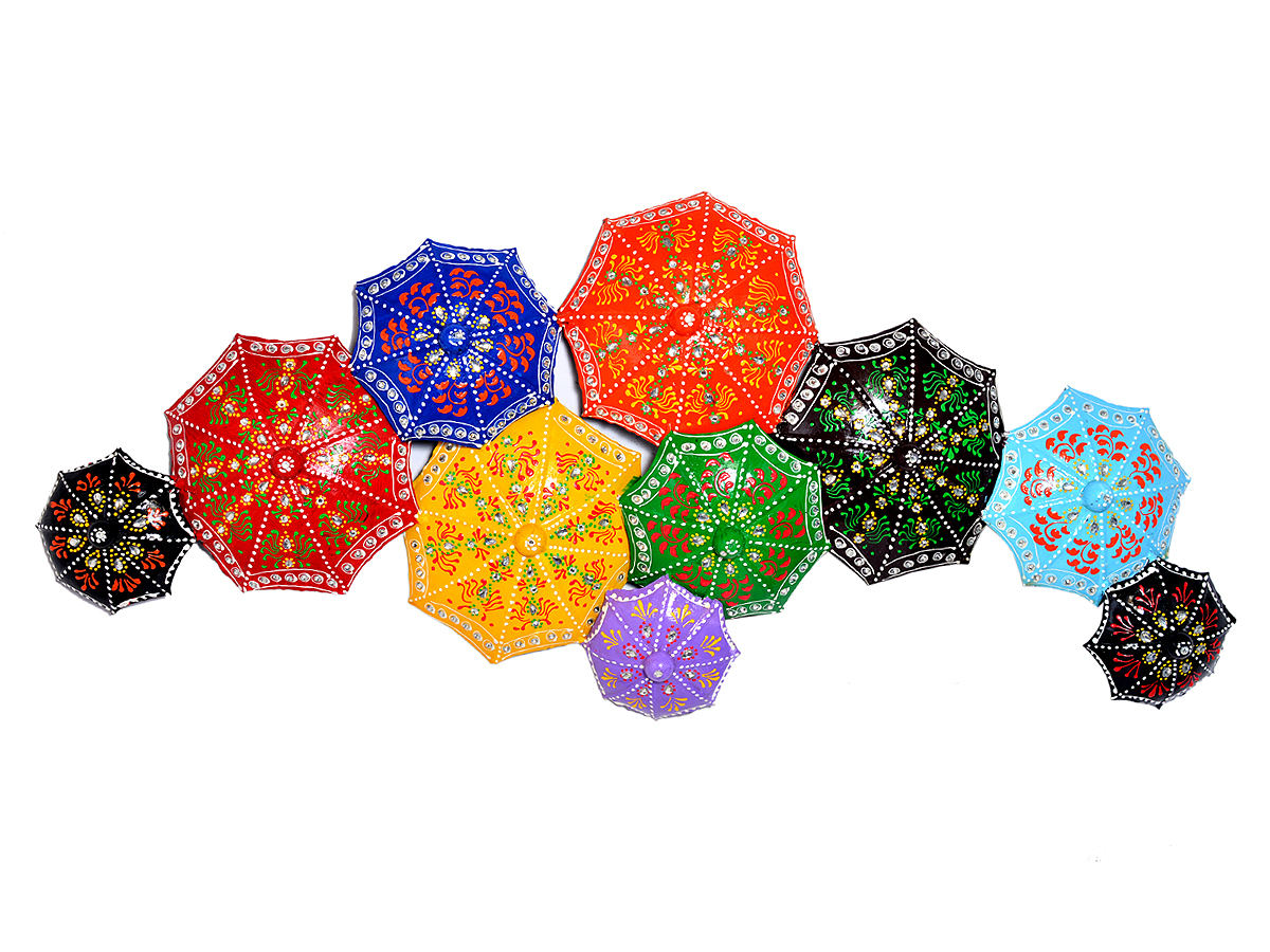 Home Decor Iron Painted Multi Color Umbrella Wall Hanging