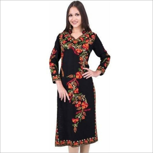 Ladies Designer Collar Woolen Kurti