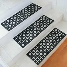 star rubber stair treads