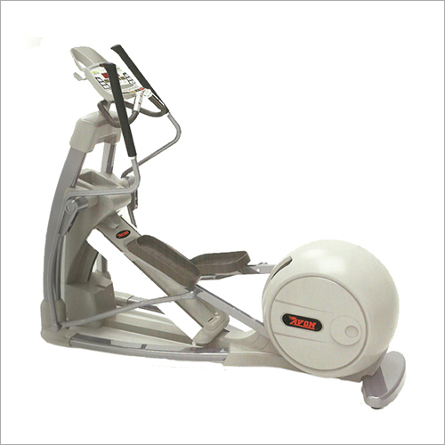 CT 671 Commercial Elliptical Cross Trainer