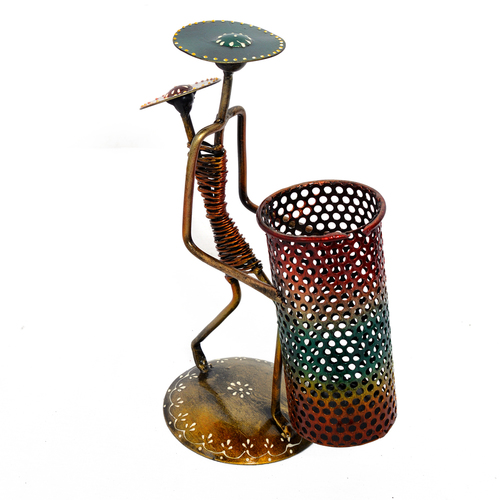 Home Decorative Iron Painted Lady With Baby Pen Stand Holder