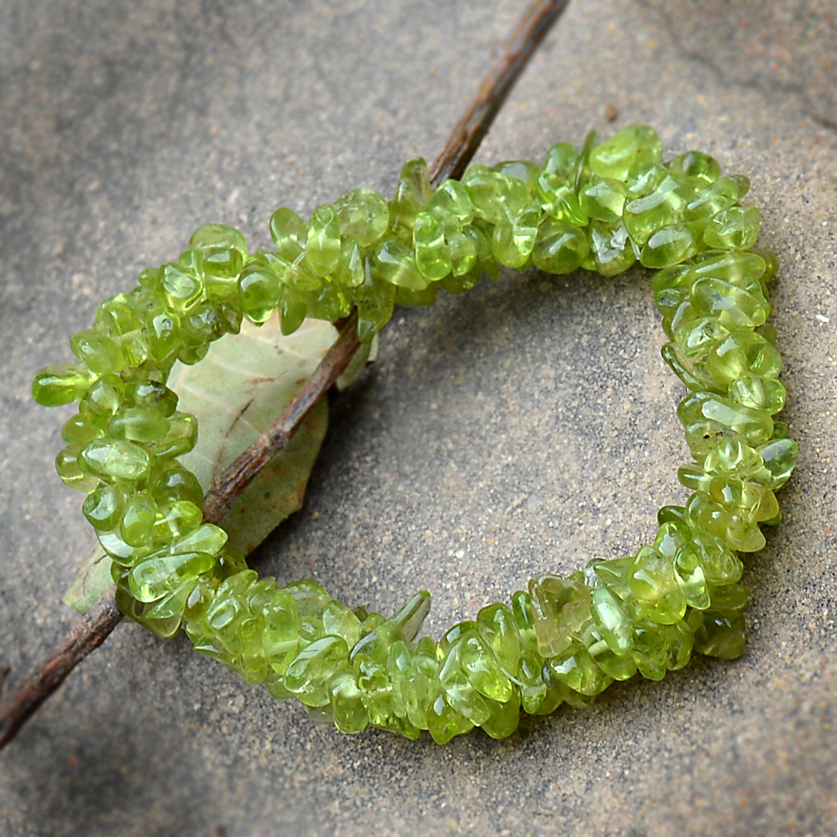 Peridot Gemstone Chips Stretchable Bracelet