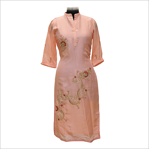 Ladies Casual Embroidery Kurtis