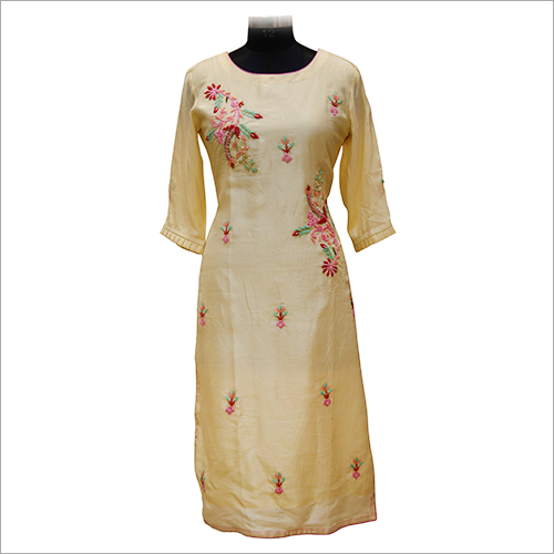 Ladies Round Neck Casual Kurtis