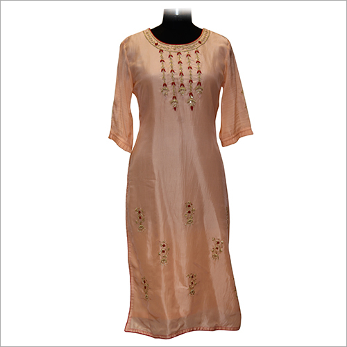 Ladies Round Neck Embroidery Kurtis
