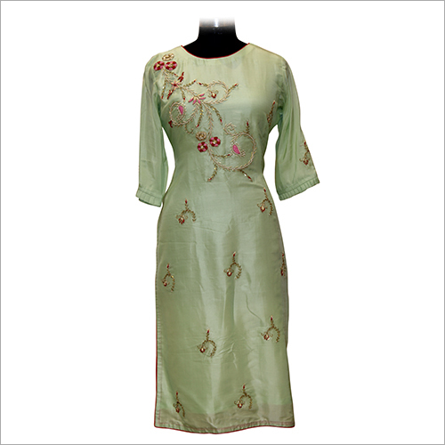 Ladies Round Neck Designer Kurtis