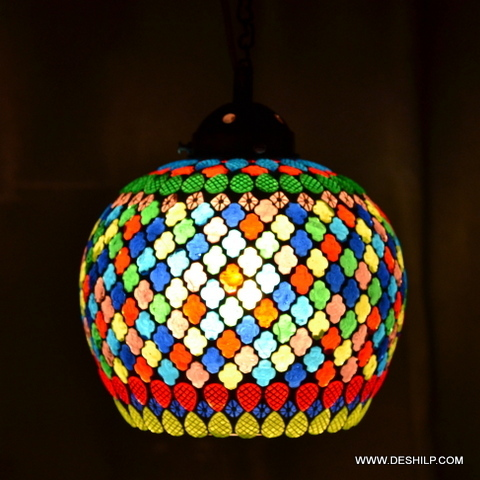 Round Medium Glass Wall Hanging With Mosaic Finish