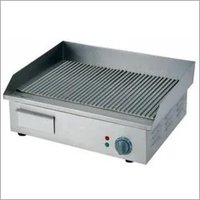 GAS GRIDDLE (1/2 GROOVED)