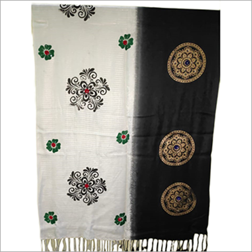 Ladies Woolen Printed Shawl