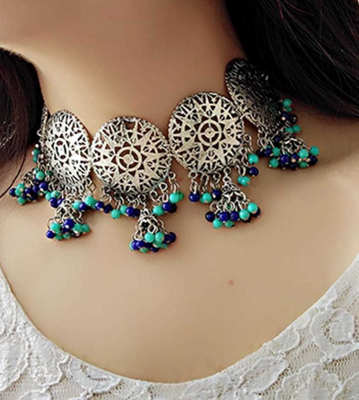 Sliver Necklace Set