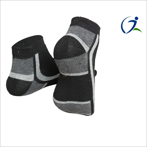 Ladies Designer Ankle Length Socks