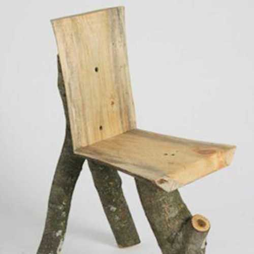Traditional Lìve Edge Chair