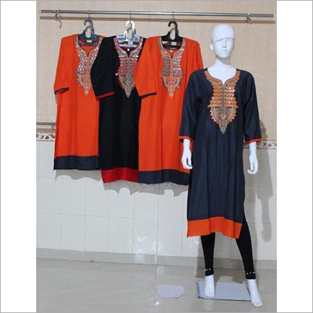 Women Embroidered Rayon Kurti