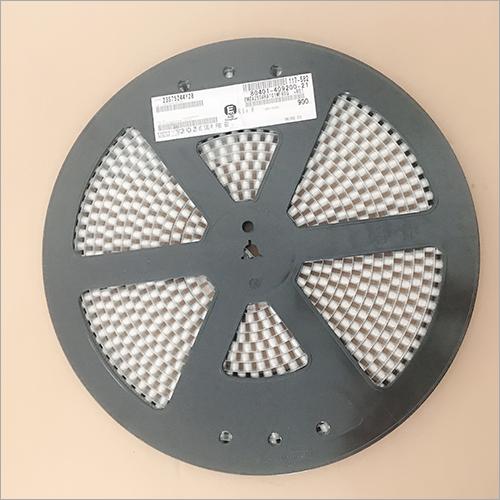 25 vc 100 Microfarad Capacitor