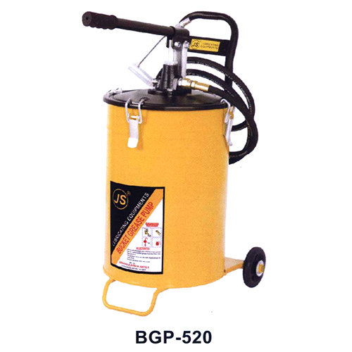 HAND OPERATED BUCKET GREASE PUMP