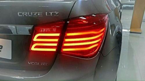 Glossy Car Cruze Tail Light