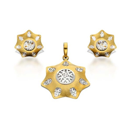 Unique Star Shape Pendant Set