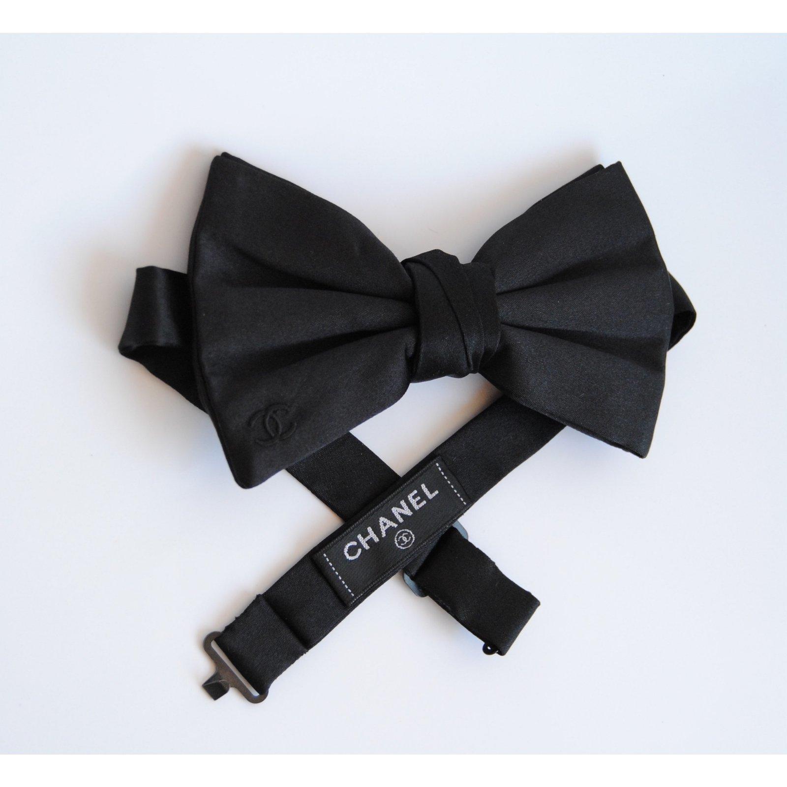 Adjutable Bow Tie