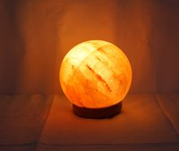 Rock Salt Globe Lamp