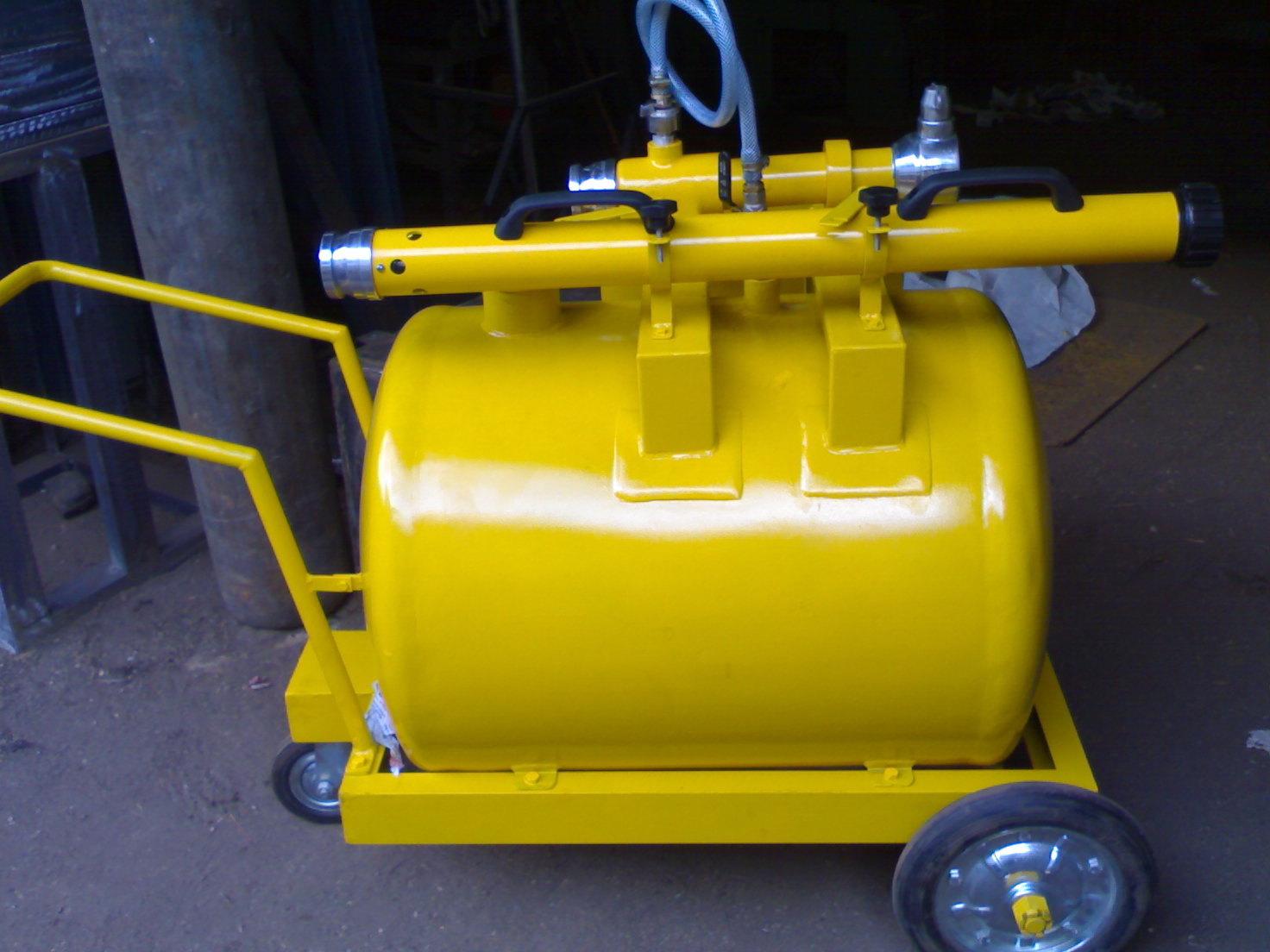 Foam Bund Pourer 1800 LPM