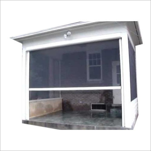 Remote Retractable Screen