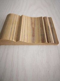 Yellow poplar solid wood moulding